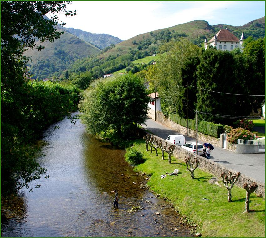 Tenkara au Pays Basque sur la Nive de Baîgorry